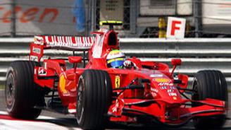 Formula 1'de Vettel kazandı