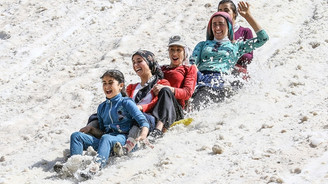 Haziranda karda kayak keyfi