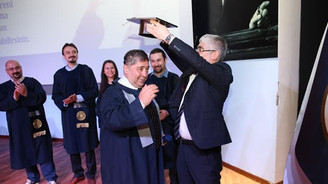 Patronlar diploma peşinde