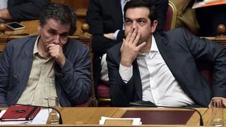 Yunanistan'da 'dayanıklılık testi' oylaması