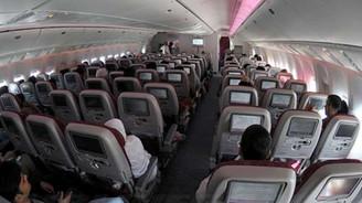 Çin uçağında korkulu anlar