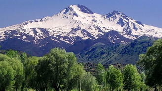 Erciyes'e ağustos karı