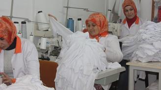 Yurtdışındaki işçiler için elbise üretmeye hazırlanıyor