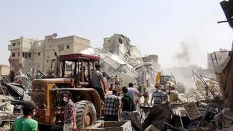Türkiye sınırındaki İdlib'de Suriye uçağı düştü: 35 ölü