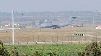 8 ABD uçağı İncirlik Üssü'nde