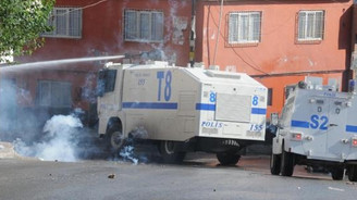 Gaziantep'te yol kapatan gruba müdahale
