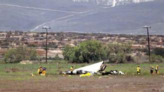 İki uçak havada çarpıştı: 4 ölü