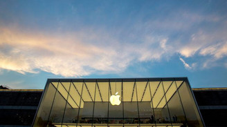 Apple hisseleri 6 ayda eridi