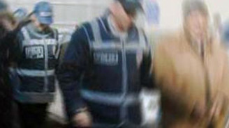 Benzin istasyonu dolandırıcıları yakalandı