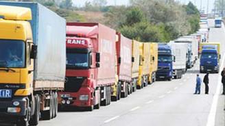 Doğu'ya taşımalar %75 düştü 5 bin kamyon kontak kapattı