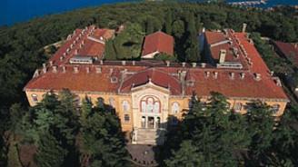 ABD Senatosu, Ruhban Okulu'nun açılmasını istiyor