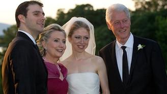 Hillary Clinton'ın başını ağrıtan saldırı beyazperdede