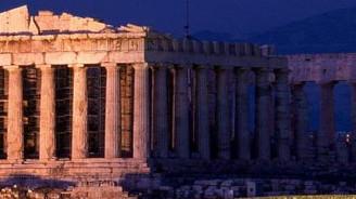 Yunanistan'ı deniz ve güneş kurtaracak