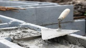 Bölgesel istikrarsızlık ve yüksek navlun, çimento ihracatını geriletti