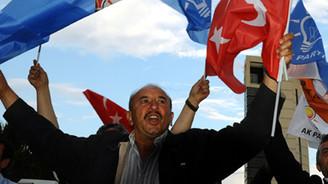 AK Parti Genel Merkezi'nde sevinç gösterileri