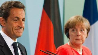 Yunanistan için yeni bir program şart
