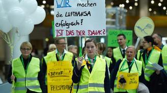 Lufthansa'da grevi hafta sonuna kadar sürecek