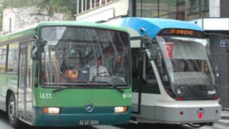 Okulların ilk günü toplu taşıma ücretsiz
