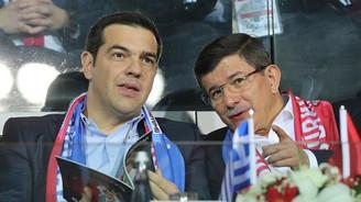 Davutoğlu ve Çipras maçı birlikte izledi