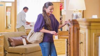 Tüketici mobilyaya 'dokunmadan' satın almıyor