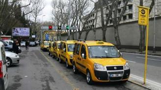Taksi, minibüs ve dolmuş durakları İSPARK'a emanet