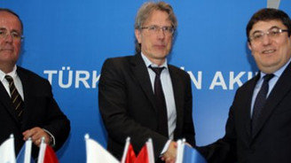 AYB'den 445 milyon euroluk destek