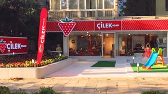 Çilek, Bağdat Caddesi'nde mağaza açtı