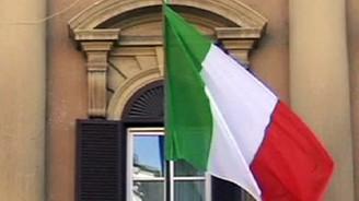 İtalya Hazinesi, 10 milyar euro borçlandı