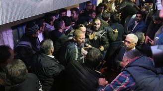 CHP Mersin İl Kongresi'nde arbede yaşandı