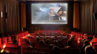 Sinema salonlarına günde 166 bin kişi gitti