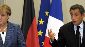 Yunanistan, Euro Bölgesi'nde kalıyor