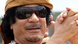Kaddafi için kırmızı bülten isteği