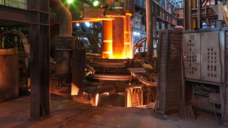 Çelikçileri elektrik çarptı, işten çıkarmalar arttı