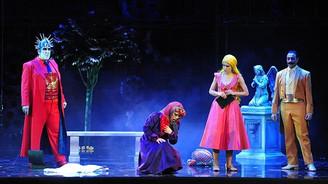 """İstanbul Devlet Opera ve Balesi """"Faust""""u sahneledi"""