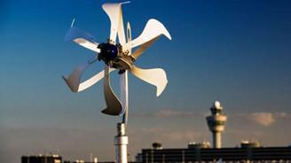 Rüzgar lisanssız elektrik için esiyor