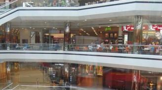 Perakendeciler mağazalaşmada frene basacak