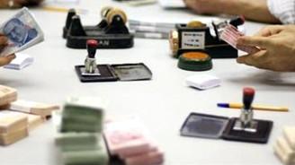 Hazine 2012'de 101.9 milyar TL iç borçlanmaya gidecek