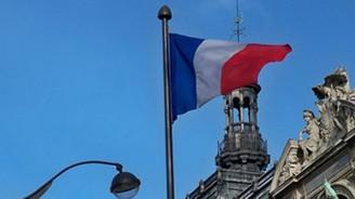 Fransa büyüme beklentisini aşağı yönlü revize etti