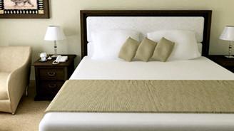 Otel odalarında Kuran-ı Kerim bulundurulacak
