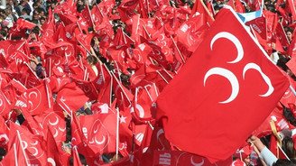 MHP'de 5 ilçe teşkilatını kapattı