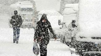 İstanbul'da kar tatili uzadı