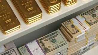 Yatırımcı Fed'in freniyle altın ve tahvile koşuyor