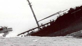 Bir gemi kazası da İran'da