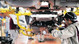 Sanayi üretimi şubatta yüzde 4.4 arttı