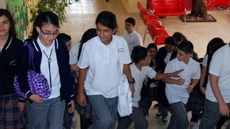 Okullarda ders zili çaldı