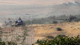 Tanklar ve iş makineleri sınırı geçti
