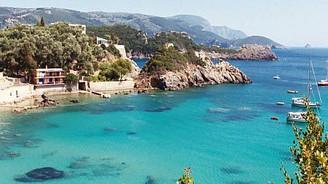 Komşu Korfu adasını kiralıyor
