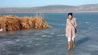 Göl buz tuttu, balıkçılar avlanamadı
