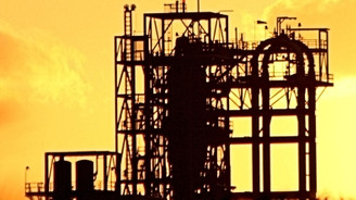 Brent petrol 100 dolar sınırına yükseldi