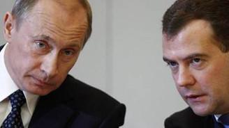 Putin G8'e gitmeyecek